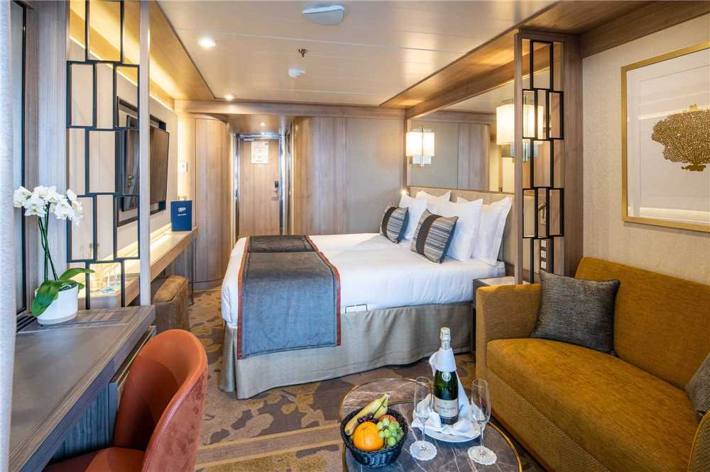 Nicko Cruises World Voyager Veranda Kabine