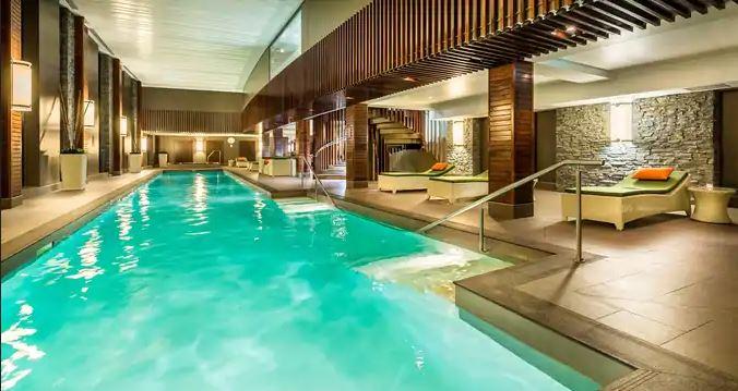 Hilton Queenstown Pool
