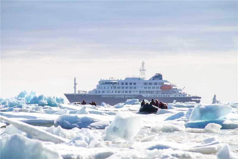 Oceanwide Expedition MS Hondius Außenansicht