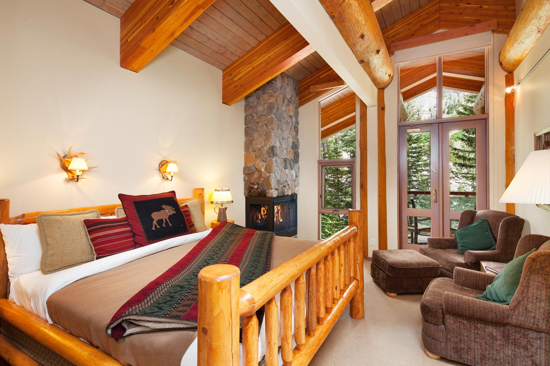 Moraine Lake Lodge Doppelzimmer