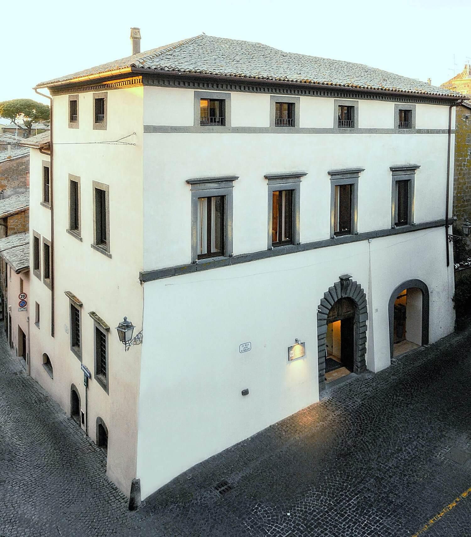 Palazzo Piccolomini Außenansicht