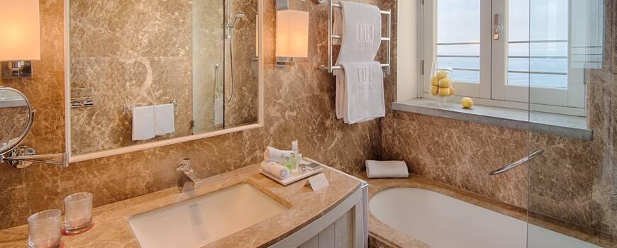 NH Collection Grand Hotel Convento di Amalfi Badezimmer