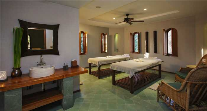 Sanctum Inle Resort Spa