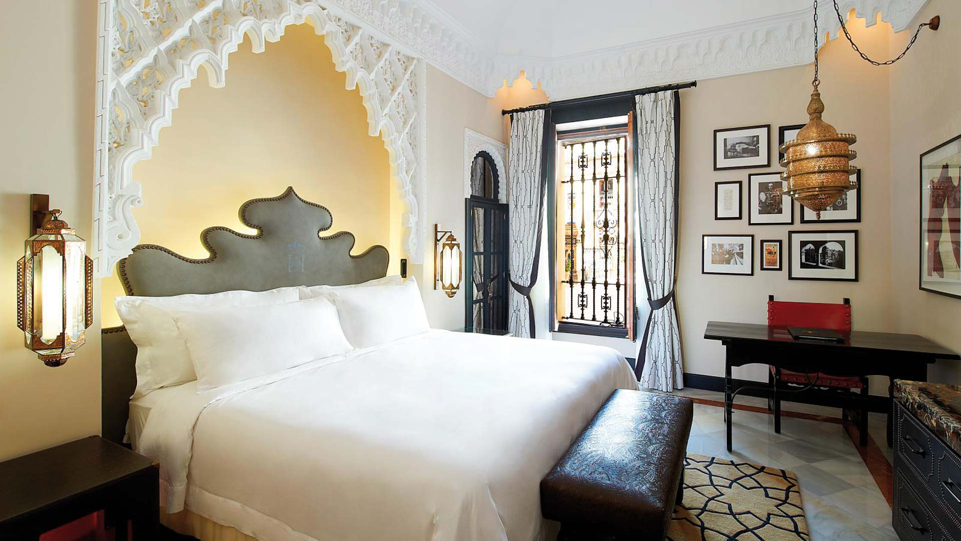 Hotel Alfonso XIII Deluxe Double Room