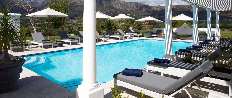 Mont Rochelle Hotel Pool