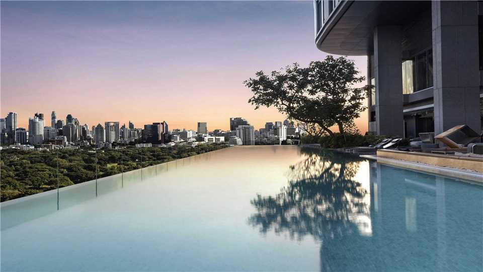 SO Sofitel Bangkok Pool