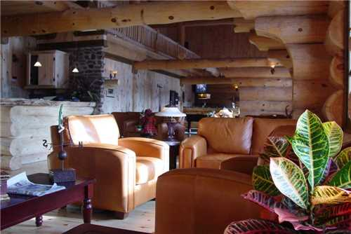 Auberge du Ravage Lounge