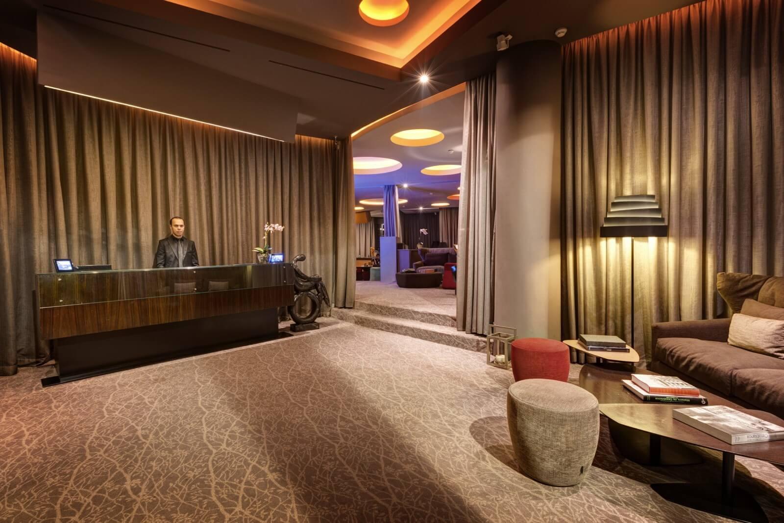 Gray Boutique Hotel & Spa Rezeption