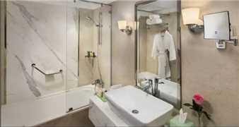 Hilton Alexandria Corniche Badezimmer
