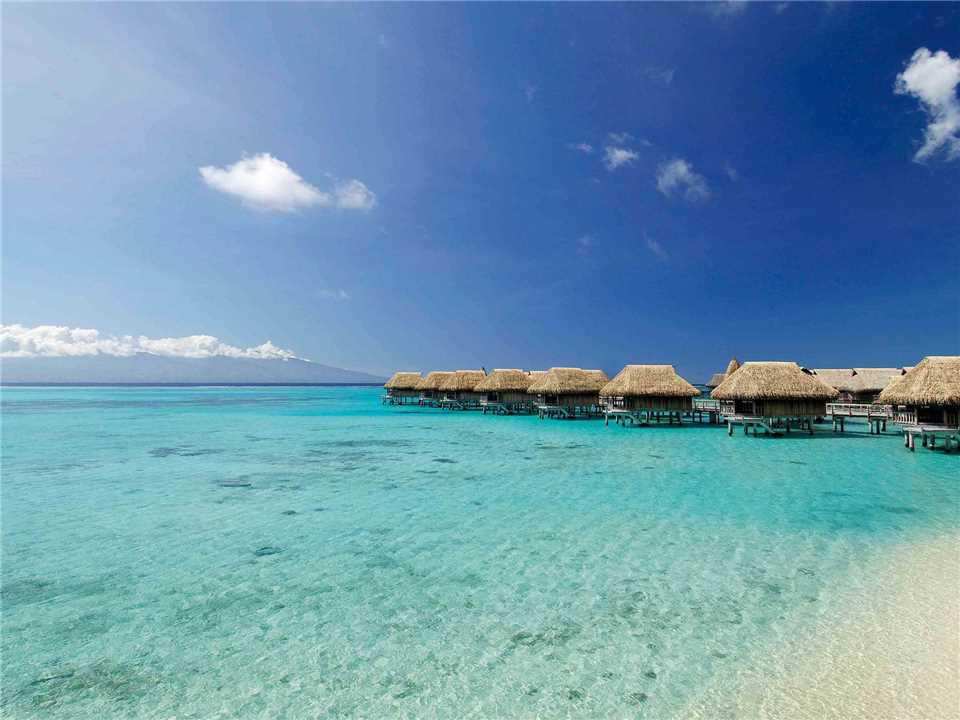 Sofitel Moorea Ia Ora Beach Resort Bungalows