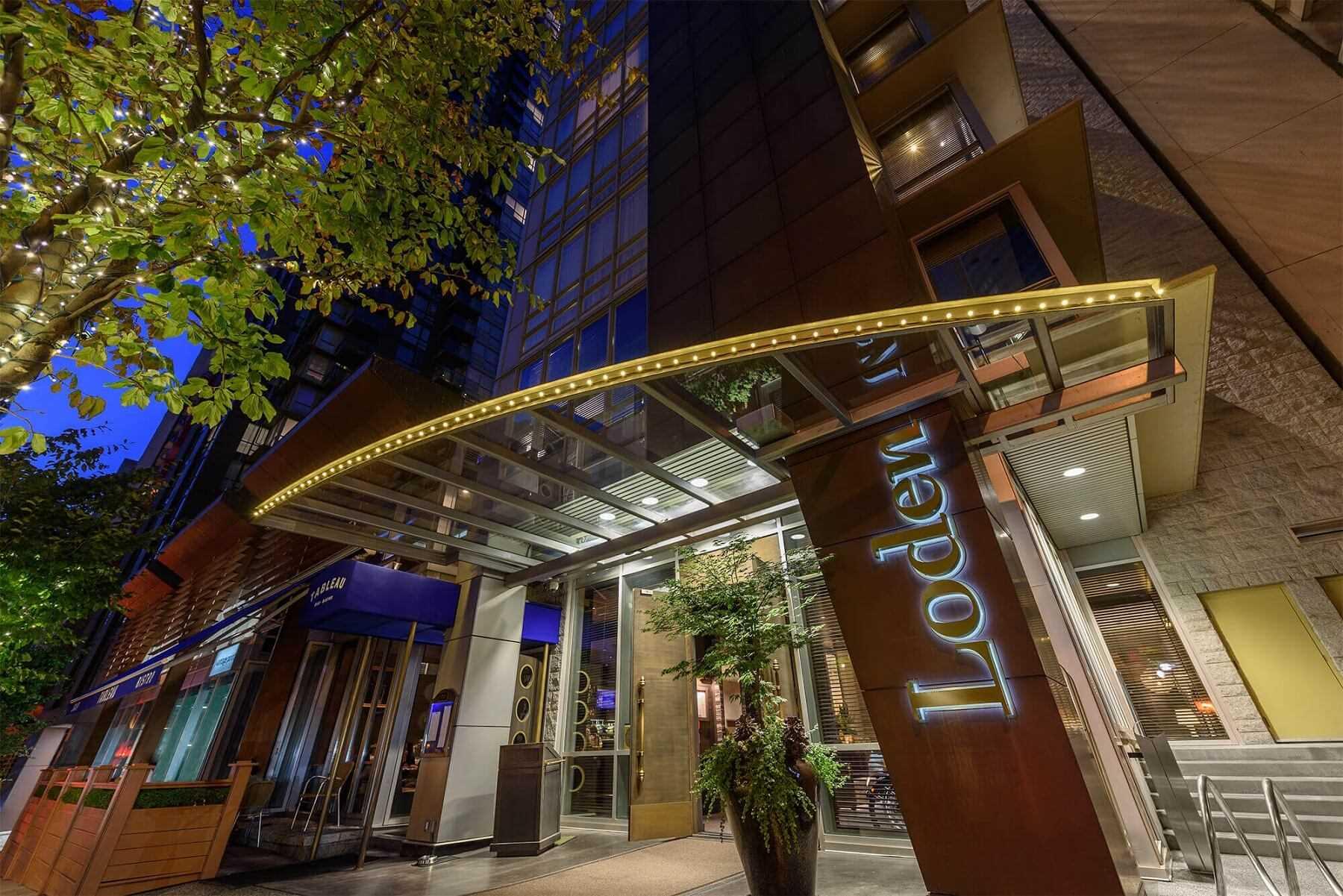 Loden Hotel Außenansicht
