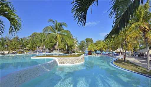 Paradisus Rio de Oro Pool