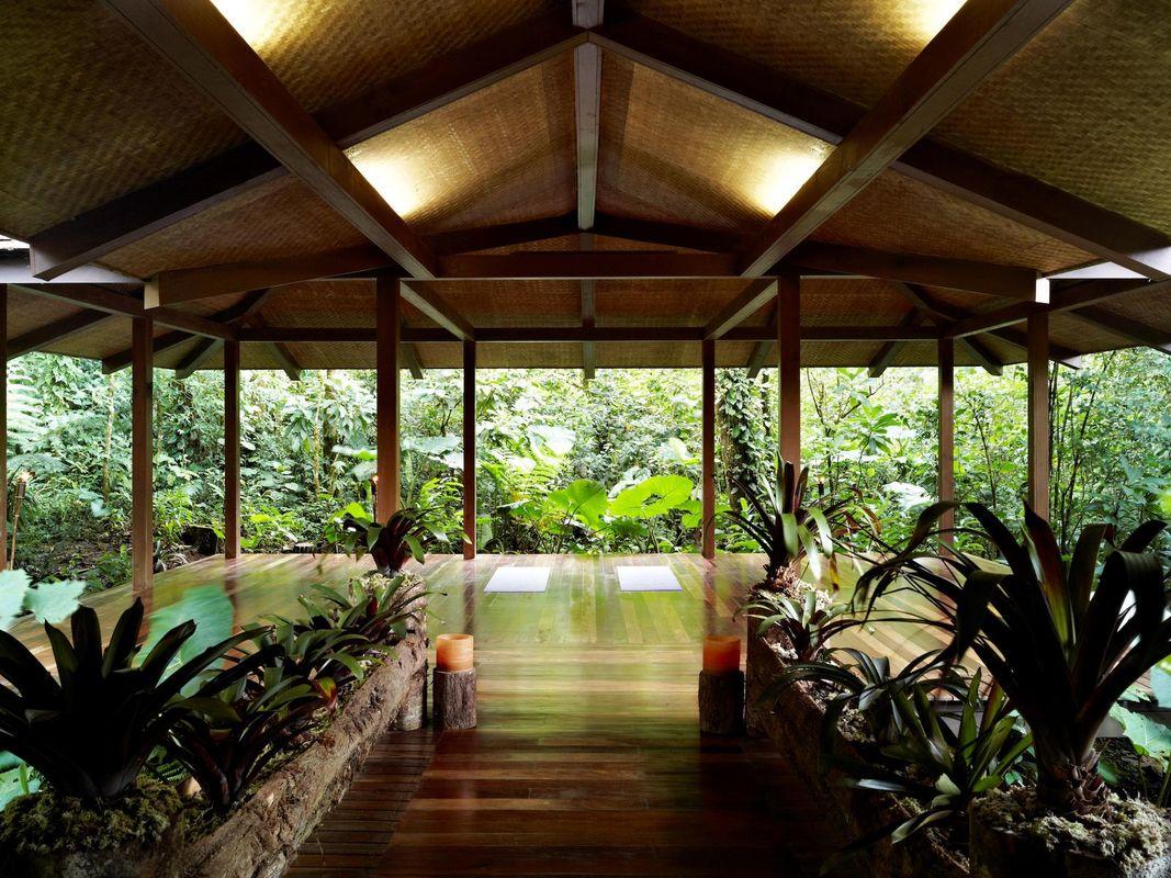 El Silencio Lodge and Spa Lobby