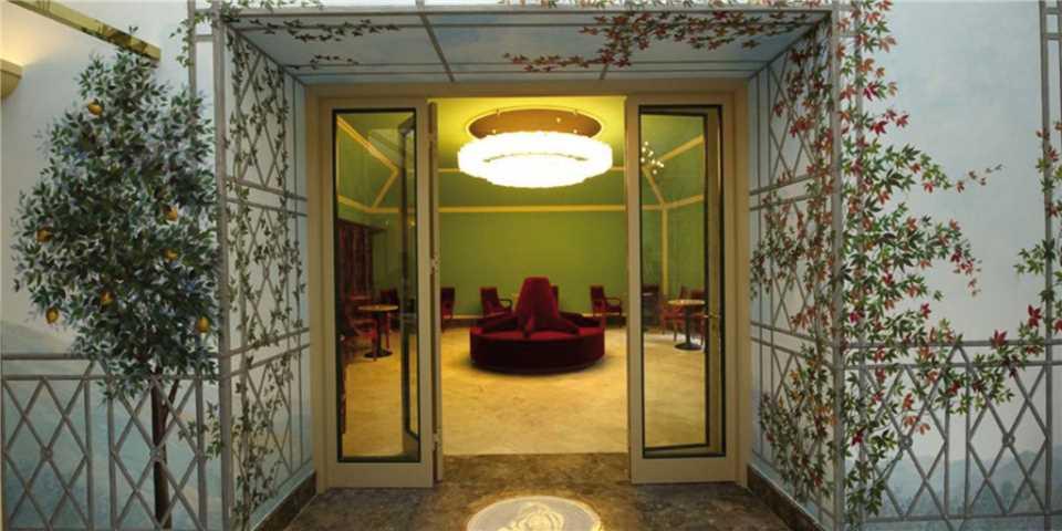 Grand Hotel Piazza Borsa Eingangsbereich