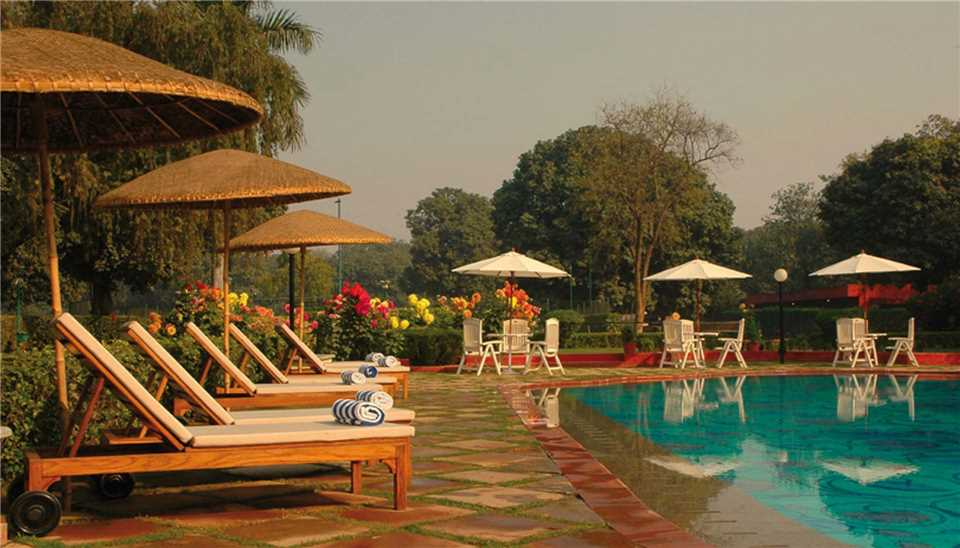 Taj Ganges Varanasi Pool