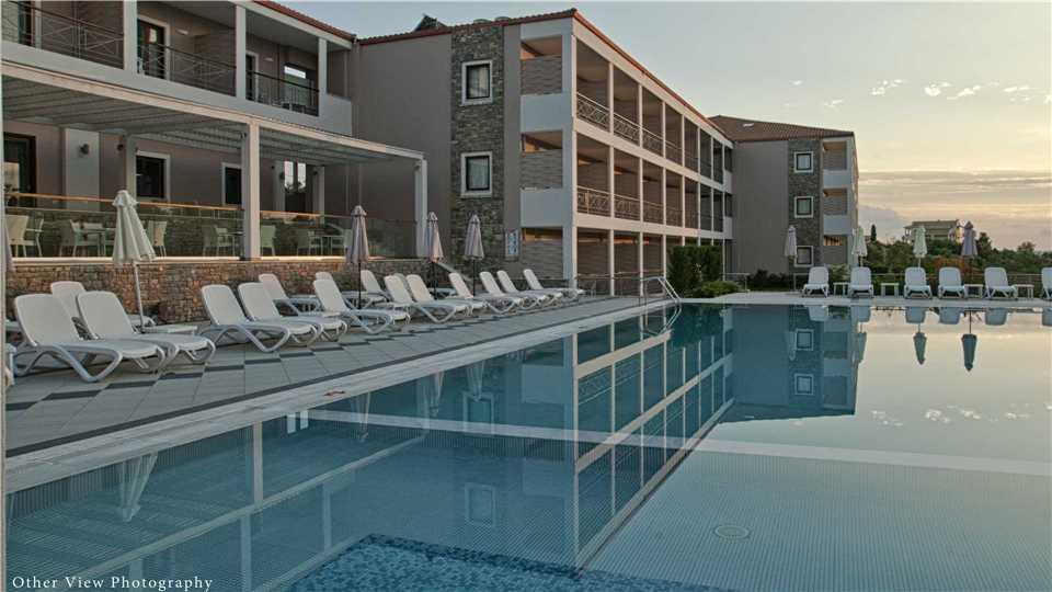 Pool Arty Grand Hotel