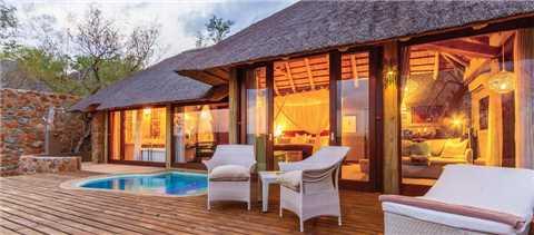Tuningi Safari Lodge Terrasse