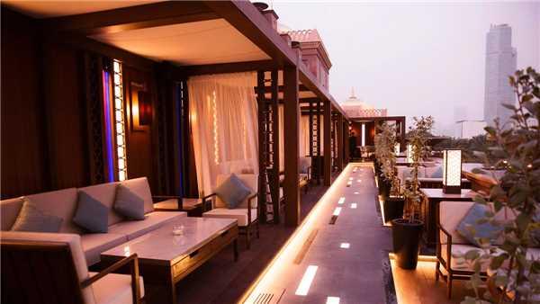 Emirates Palace Terrasse