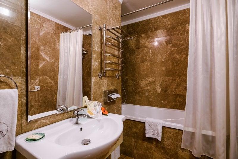 Grand Hotel Astrakhan Badezimmer