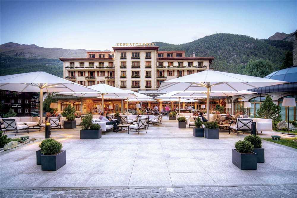 Grand Hotel Zermatterhof Terrasse