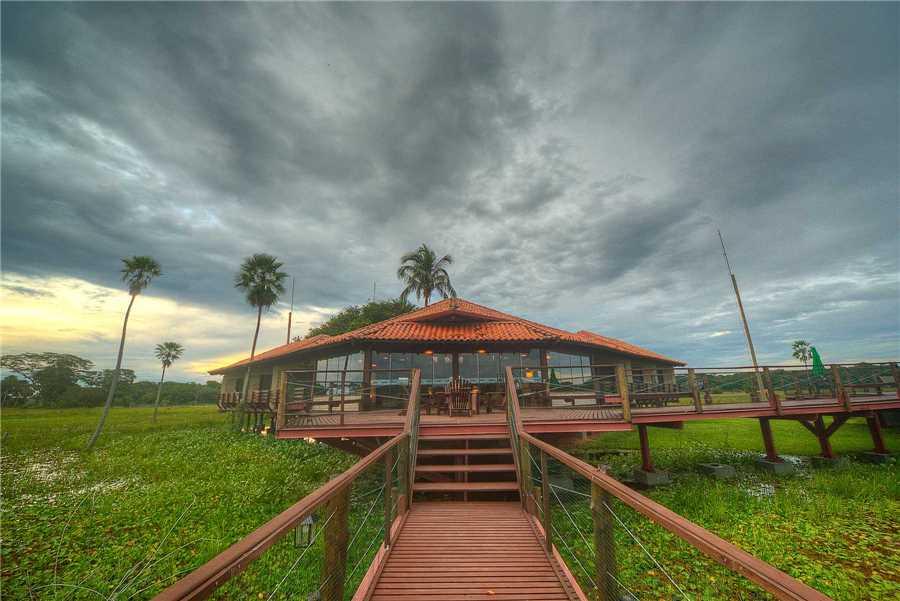 Caiman Lodge Außenansicht