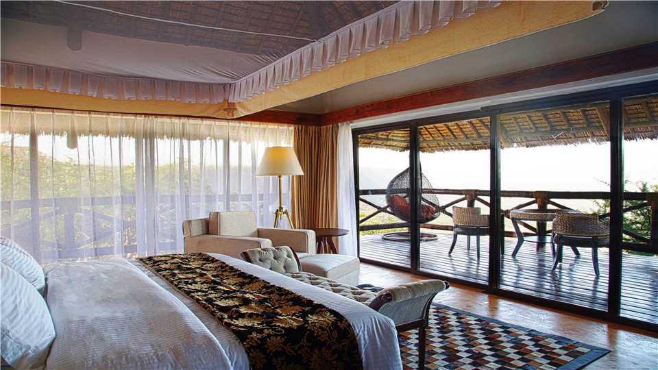 Lake Manyara Kilimamoja Lodge Zimmer mit Terrasse