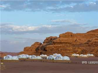 Wadi Rum UFO Luxotel Außenansicht