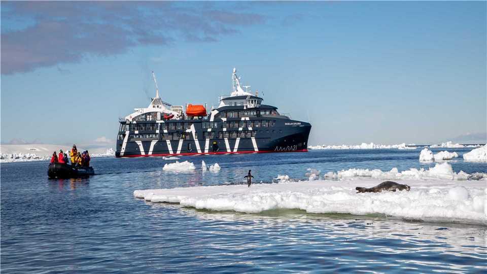 Antarctica 21 MS Magellan Explorer Außenaufnahme