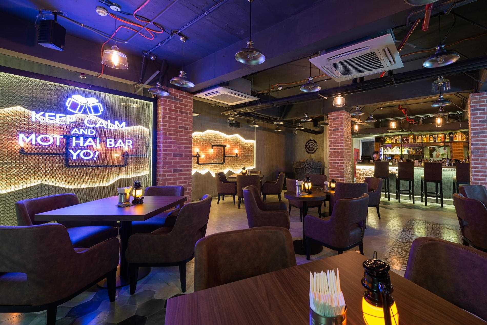 Eastin Grand Hotel Saigon Bar