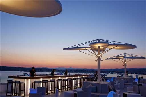 Nikki Beach Resort & Spa Bar