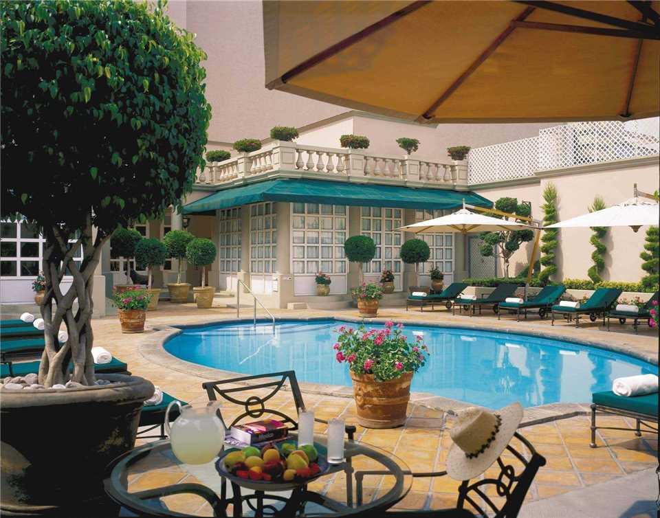 Four Seasons Hotel Mexico City Pool