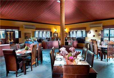 Desert Night Camp Restaurant Innen