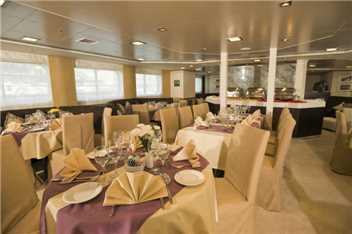 Variety Cruises MY Harmony V Restaurant