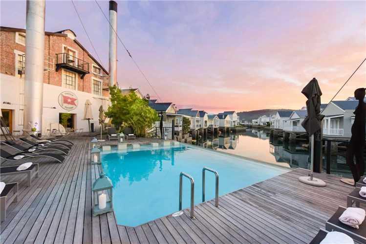 The Turbine Boutique Hotel & Spa Pool