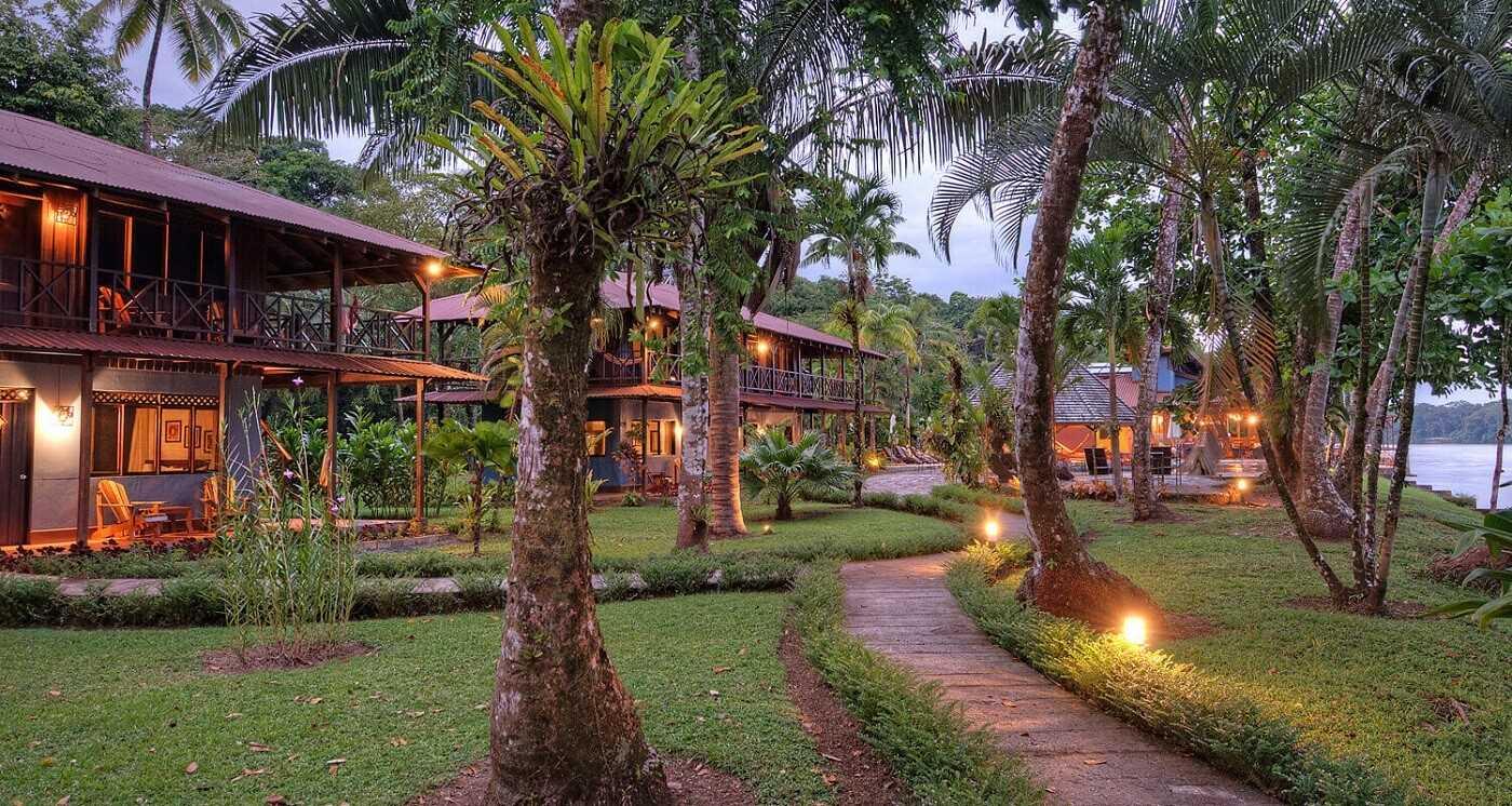 Tortuga Lodge and Gardens Außenansicht
