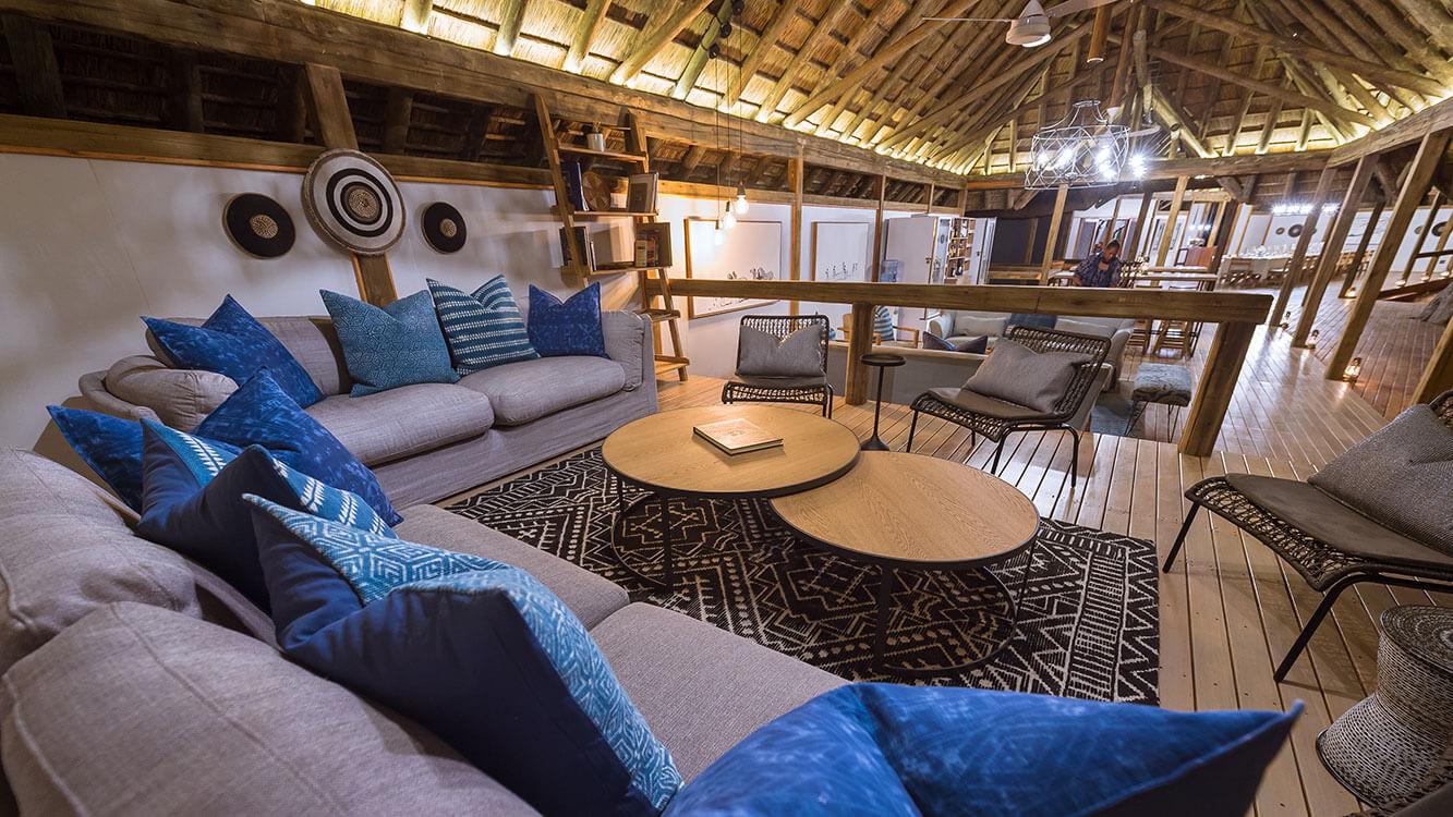 Splash Camp Lounge