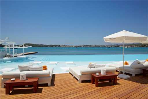 Nikki Beach Resort & Spa Pool
