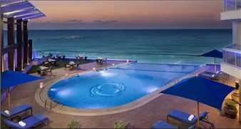 Hilton Alexandria Corniche Pool
