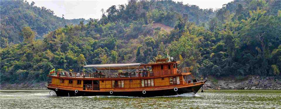 Amata Cruises Amatea Außenansicht