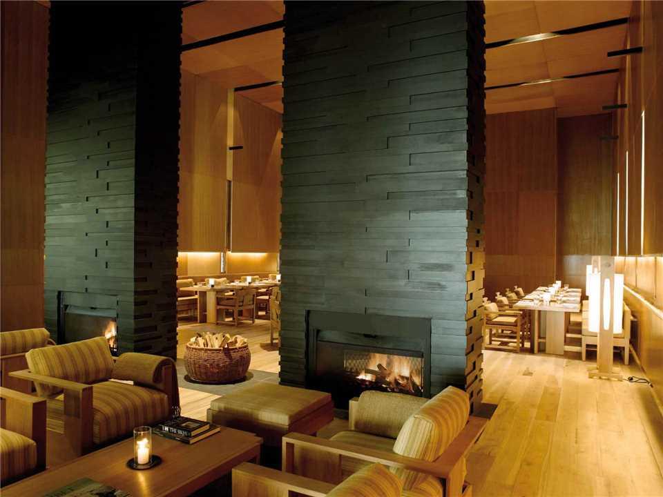 Amankora Punakha Hotel Bhutan Himalaya Lobby