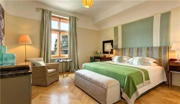 Zimmer Hotel Astoria