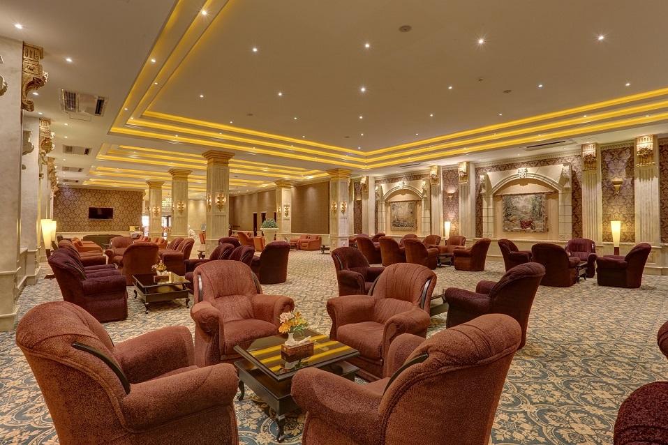 Grand Hotel II Lobby