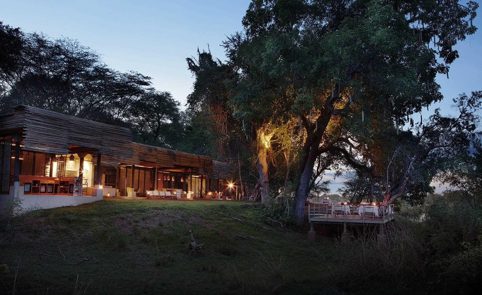 Matetsi River Lodge Außenansicht