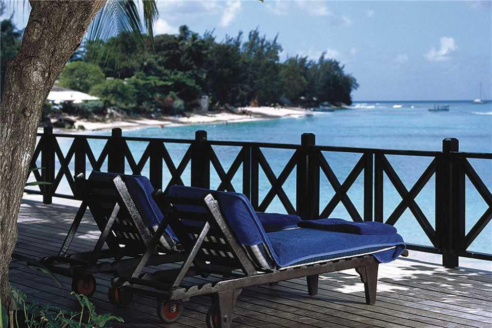 The Sandpiper Terrasse mit Meeresblick