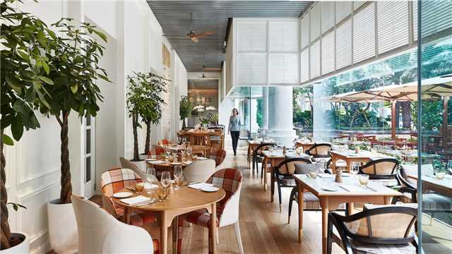 Park Hyatt Saigon Restaurant