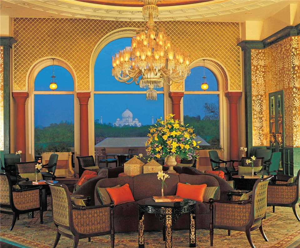 The Oberoi Amarvilas Lounge