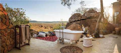 Tuningi Safari Lodge Baden im Freien