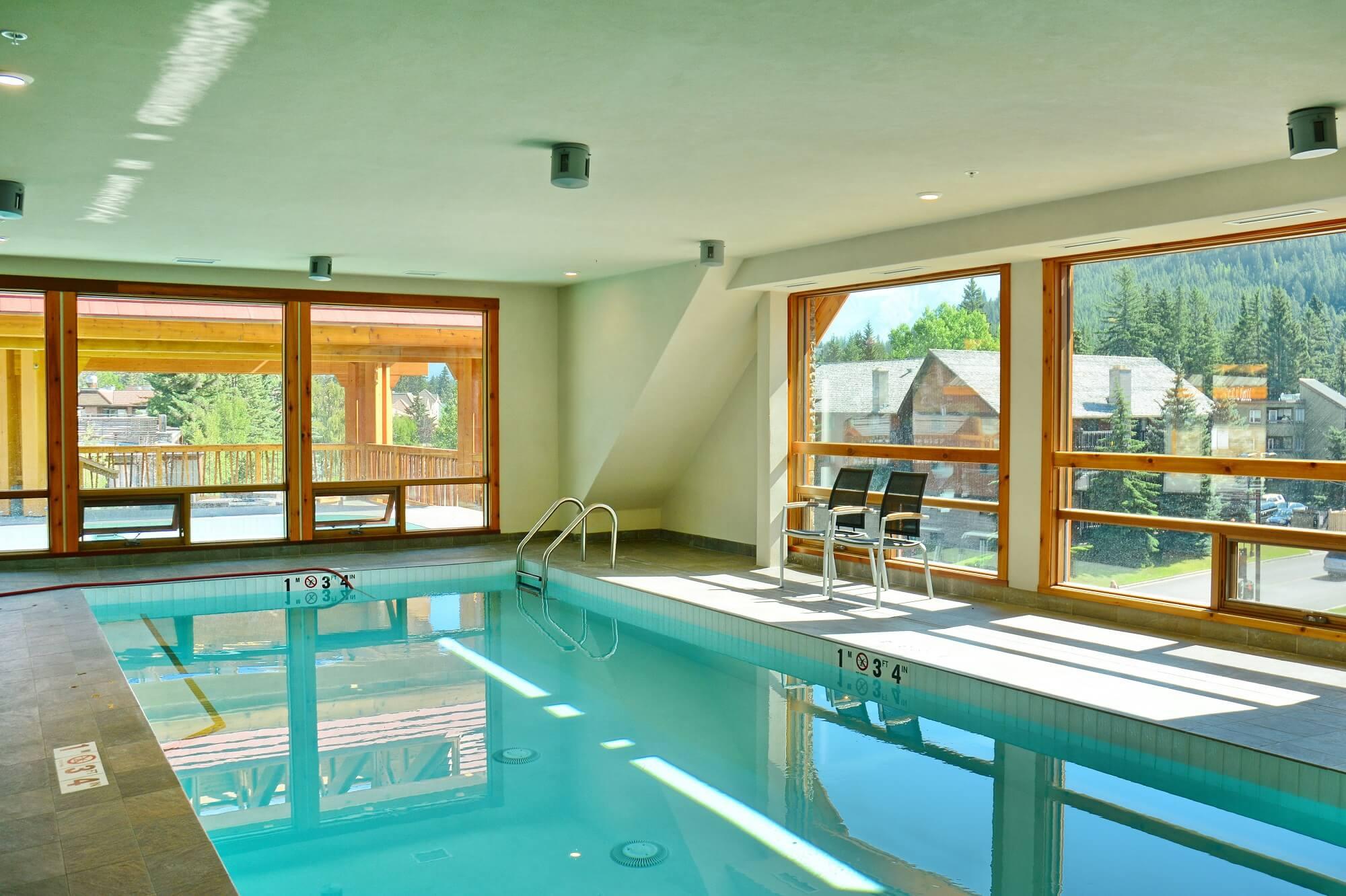 Moose Hotel & Suites Innenpool