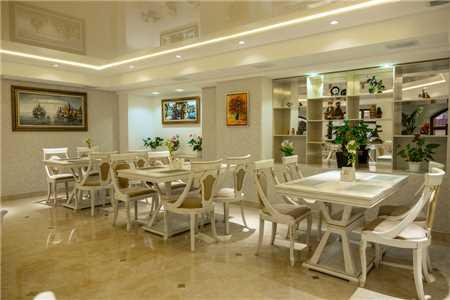 Dilimah Premium Luxury Hotel Restaurant