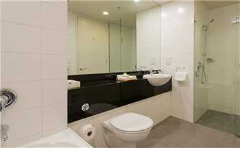 Scenic Suites Queenstown Badezimmer